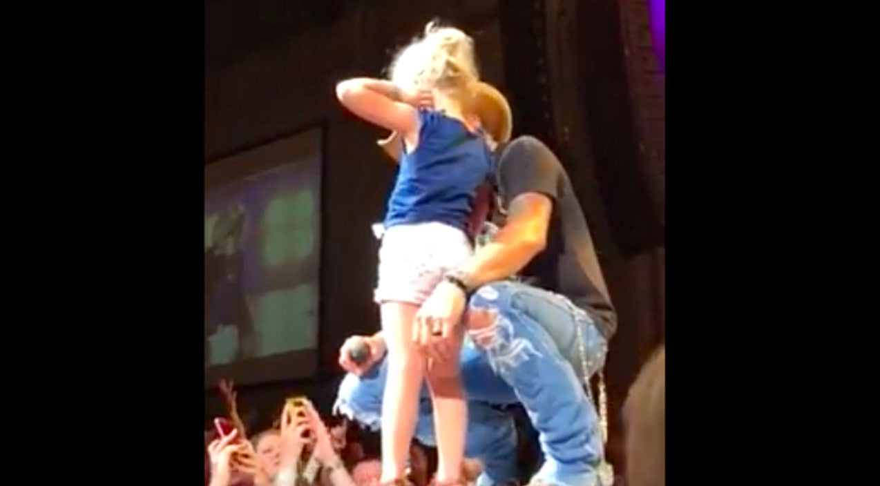 Jason aldean Songs | Jason Aldean Turns Spotlight Over To Special 4-Year Old Fan | Country Music Videos