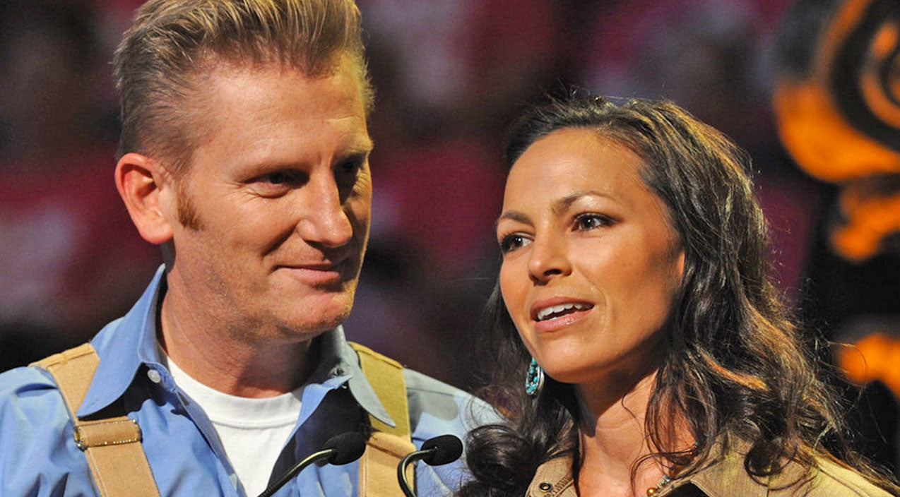 Joey + rory Songs | Joey + Rory Share Heart-Wrenching Photo, Ask For Our Prayers | Country Music Videos