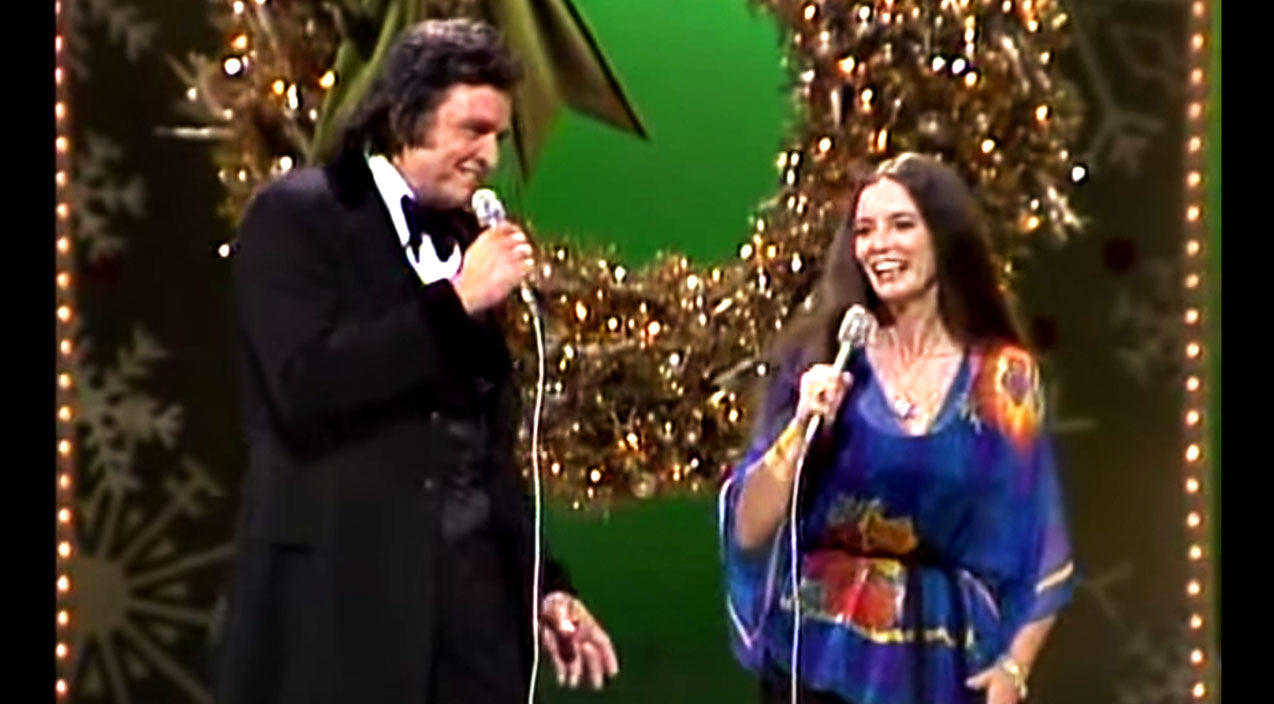June carter cash Songs | Johnny & June Delight All The Children With Enchanting Christmas Carol | Country Music Videos