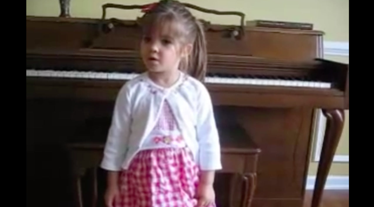Kaitlyn maher Songs | 3-Year Old Delivers Pitch Perfect Rendition Of 'The Star-Spangled Banner' | Country Music Videos