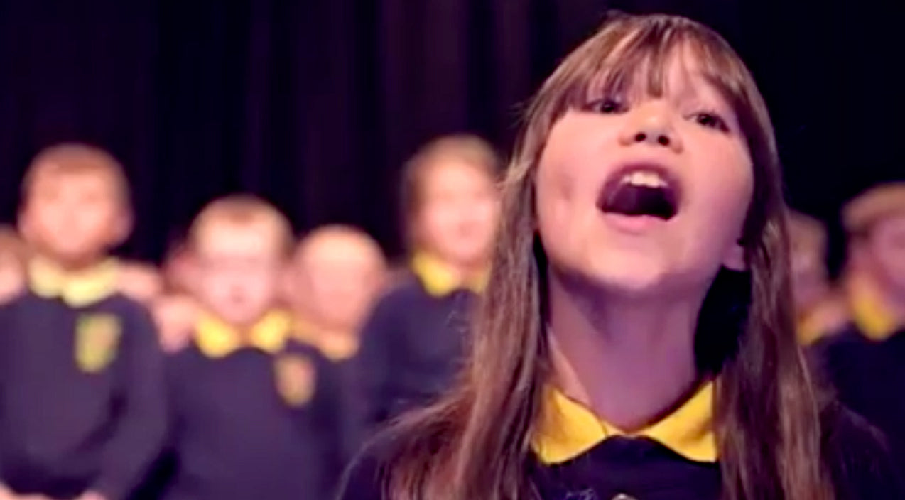 Viral content Songs | 10-Year Old Autistic Girl Sings Jaw-Dropping Version Of Leonard Cohen's 'Hallelujah' | Country Music Videos