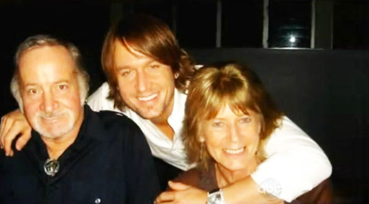Modern country Songs | Keith Urban Reveals Father Has Entered Hospice During Exhibit Launch | Country Music Videos