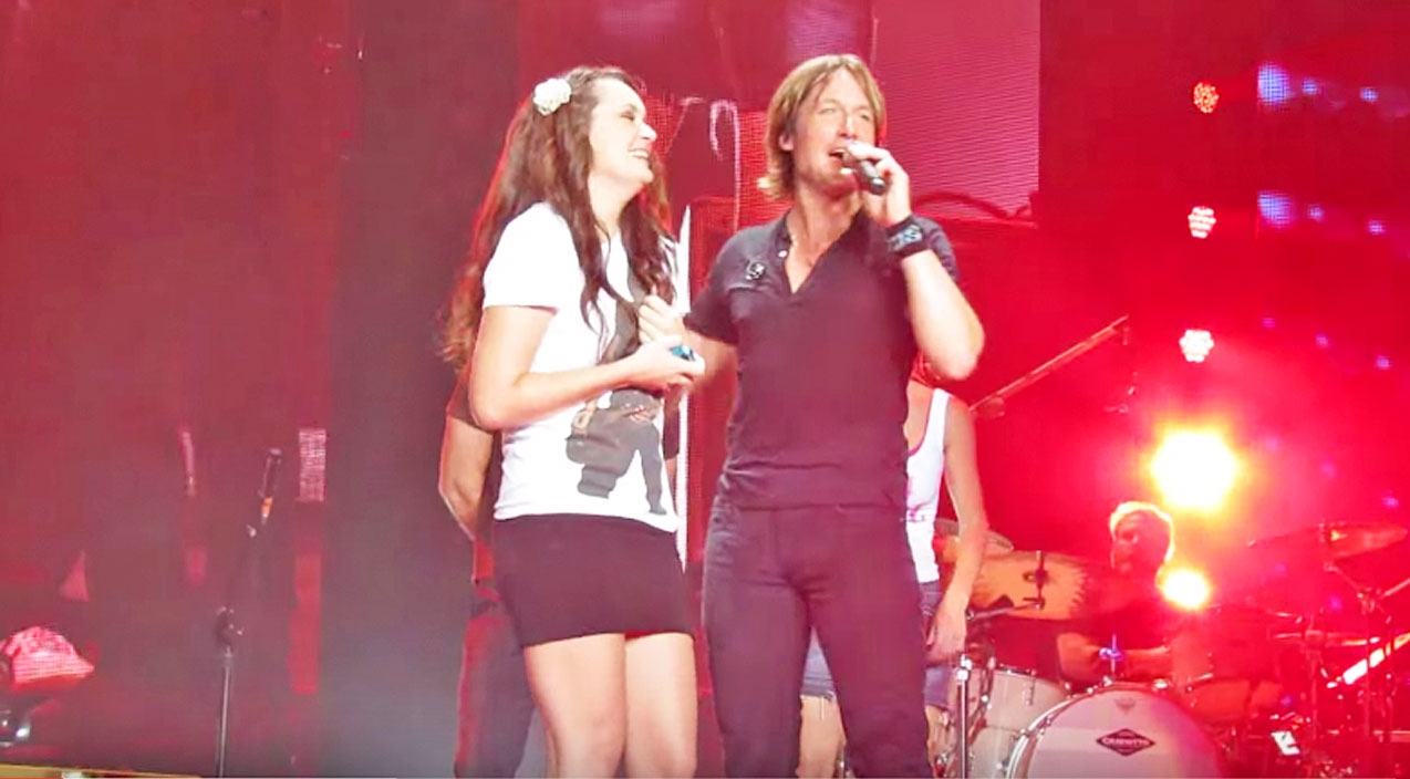 Modern country Songs | Keith Urban Brings Nervous Teen On Stage For Epic Sing-Off | Country Music Videos