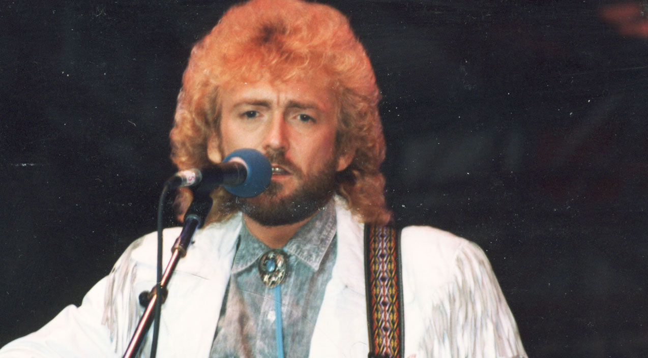 Keith whitley Songs | Keith Whitley Sings Heartwarming Love Song 'It Ain't Nothing' | Country Music Videos