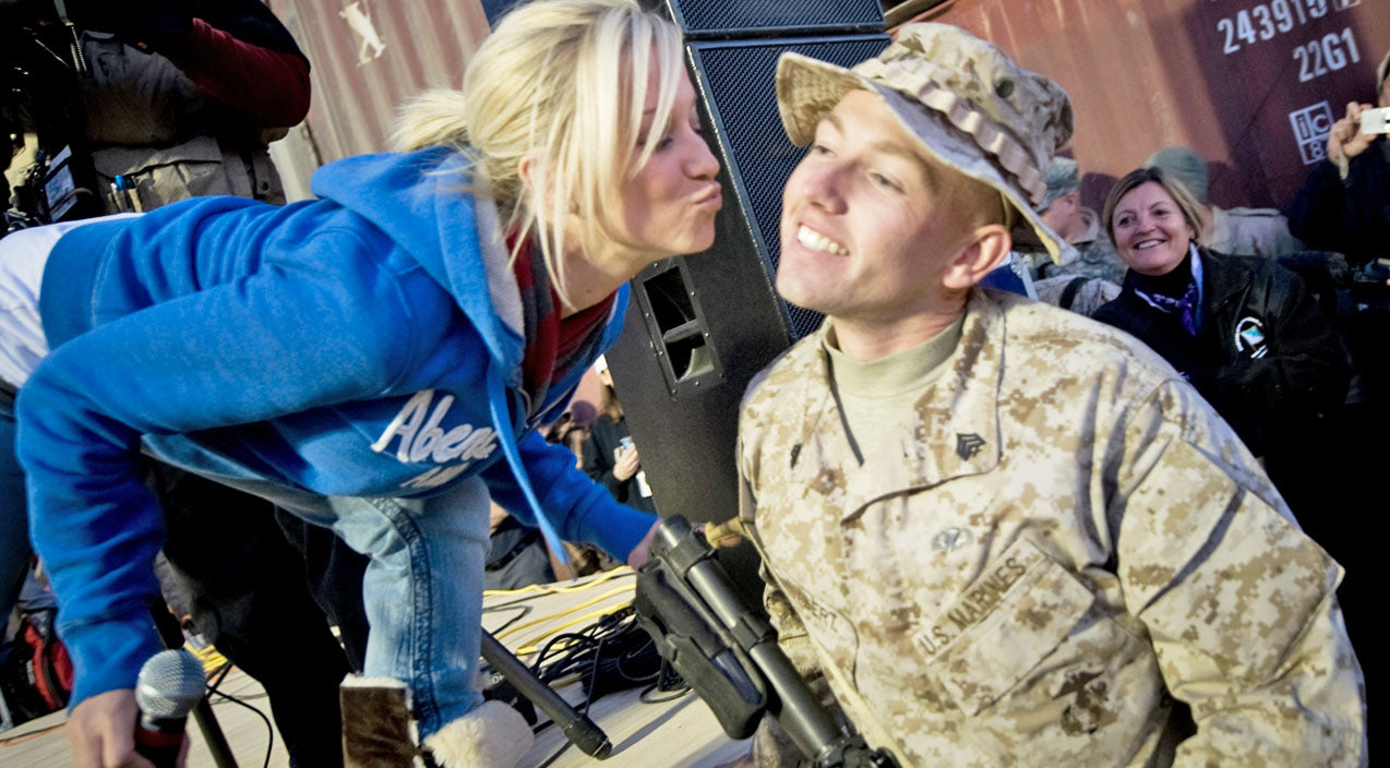 Kellie pickler Songs | Kellie Pickler Is Supporting Our Troops In A Special Way | Country Music Videos