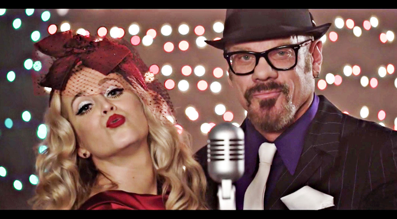 Phil vassar Songs | Sweet Kellie Pickler Gets On 'The Naughty List' With Phil Vassar In Cheeky Christmas Song | Country Music Videos
