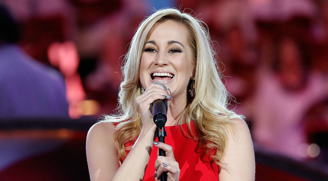 Kellie pickler Songs | Kellie Pickler Pulls Out Of Performance After Suddenly Becoming Ill | Country Music Videos