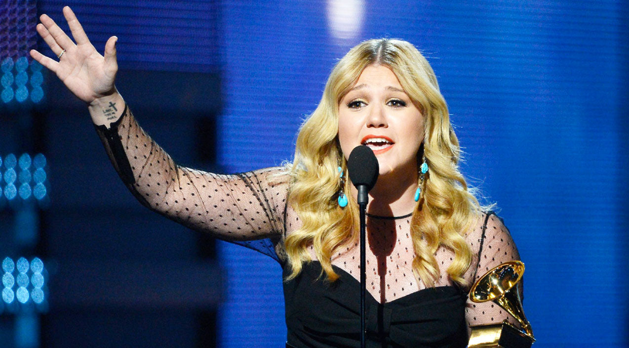 Modern country Songs | Kelly Clarkson Is 'Frightened For Our Nation' After What This Public Figure Said | Country Music Videos