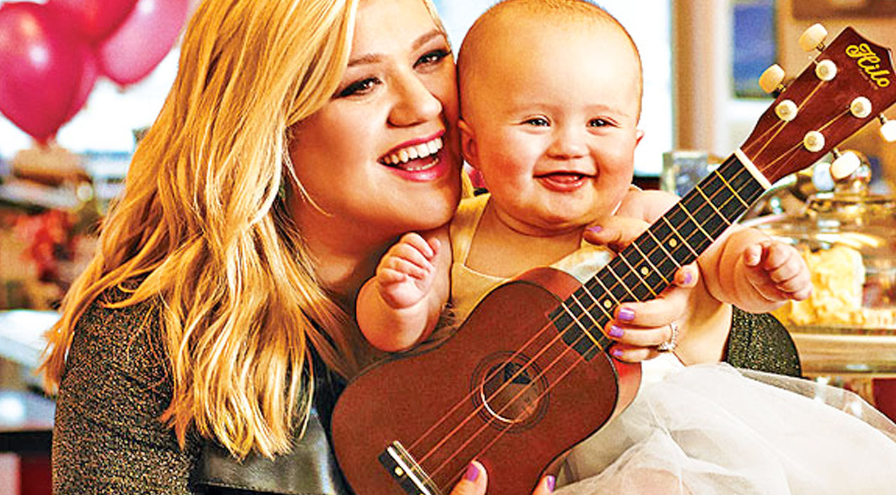 Kelly clarkson Songs | Kelly Clarkson Breaks Silence On Twins Rumors | Country Music Videos