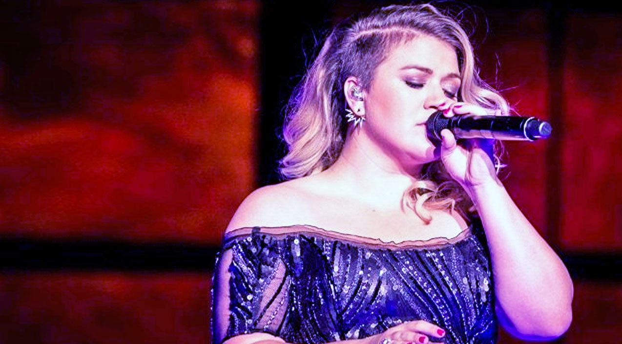 Kelly clarkson Songs | Kelly Clarkson's Unforgettable Dolly Parton Cover Will Leave You Shaking | Country Music Videos