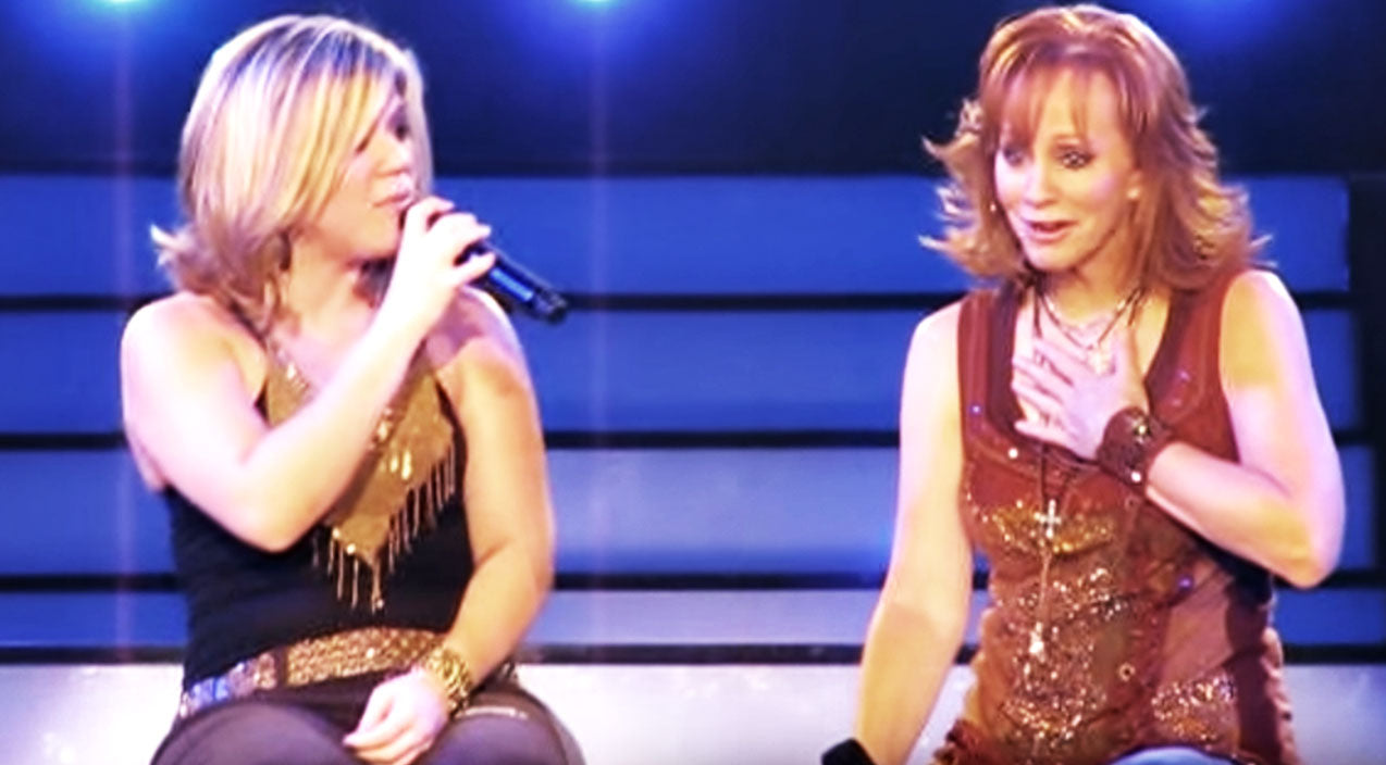 Reba mcentire Songs | Reba Gets Emotional In Heartbreaking Duet With Kelly Clarkson | Country Music Videos