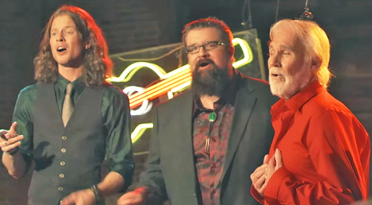 Kenny rogers Songs | Kenny Rogers Joins Home Free For Toe-Tapping Remake Of Beloved Christmas Song | Country Music Videos
