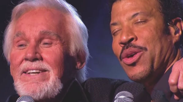 Lionel richie Songs | Kenny Rogers and Lionel Richie - Lady (LIVE) (VIDEO) | Country Music Videos
