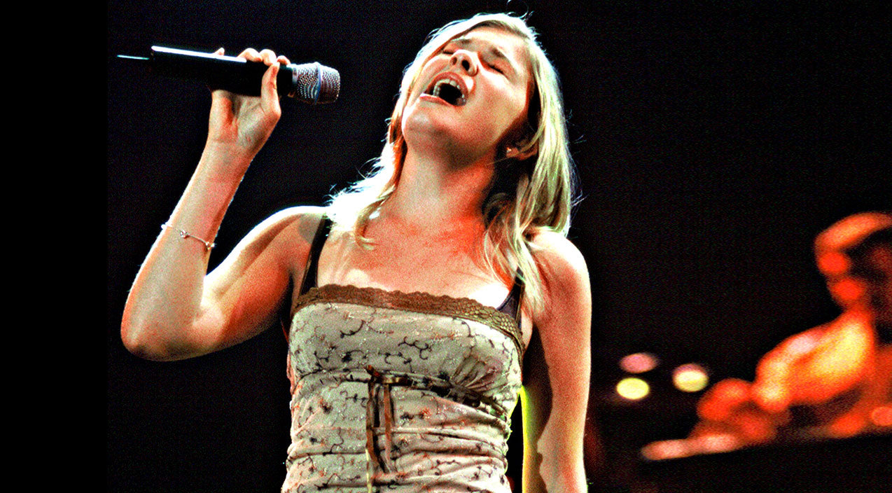 Leann rimes Songs | 14-Year-Old LeAnn Rimes Blows Crowd Away With Rare 'I Will Always Love You' | Country Music Videos