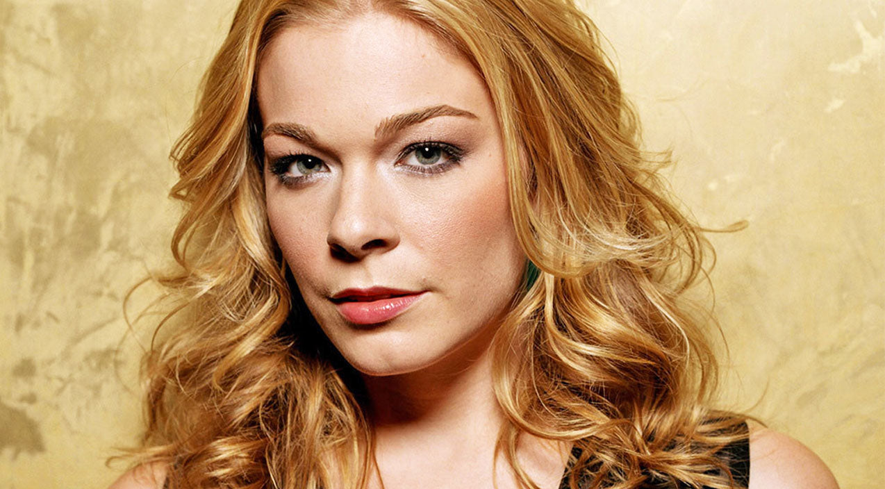 Leann rimes Songs | Unexpected Health Problem Forces LeAnn Rimes To Cancel Concert | Country Music Videos
