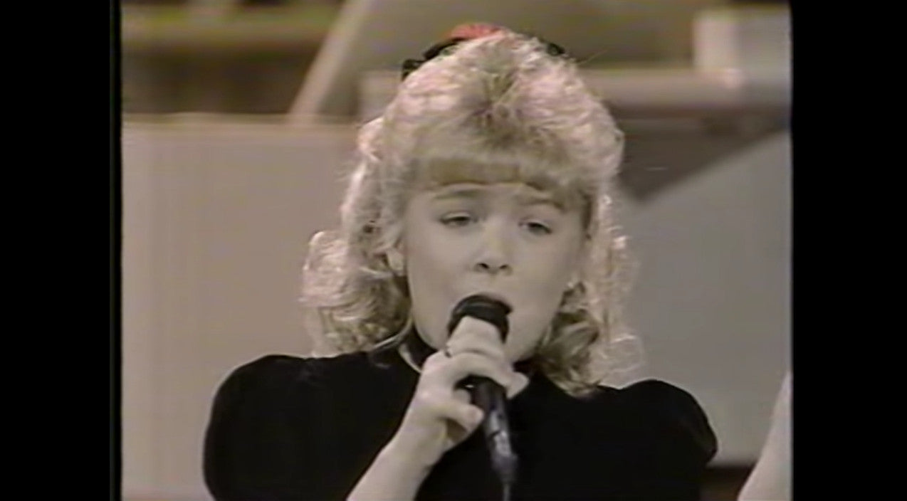 Leann rimes Songs | 8-Year-Old LeAnn Rimes Delivers Jaw-Dropping Performance During 'Star Search' Debut | Country Music Videos
