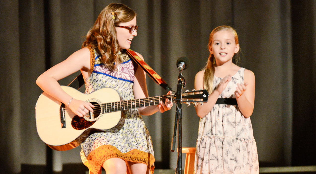 Nashville Songs | Beauty Shines From Lennon & Maisy During Acoustic Version Of 1854 Hit | Country Music Videos
