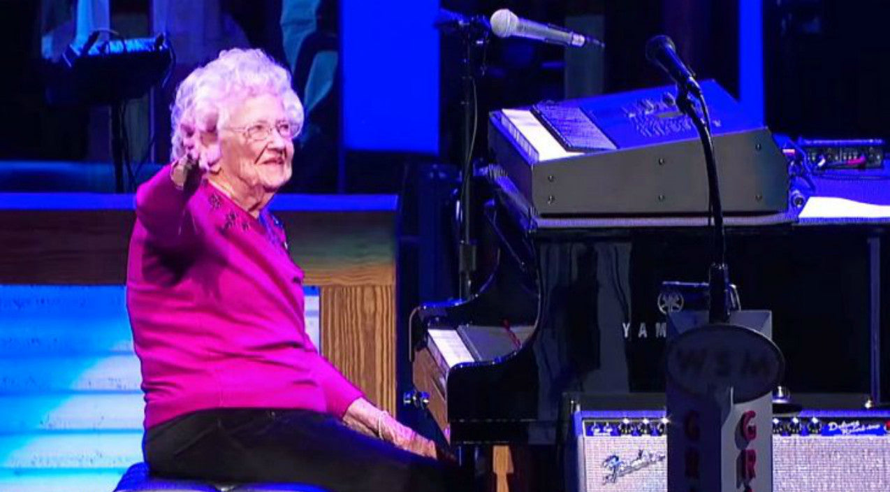 Josh turner Songs | Josh Turner's 98-Year Old Grandmother Makes Opry Debut With Piano Performance Of