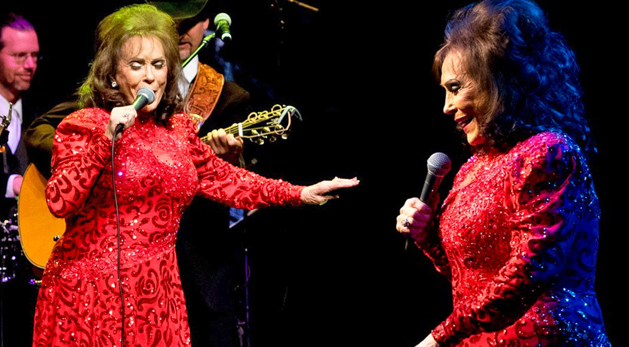 Loretta lynn Songs | Loretta Lynn Lights Up The Stage With Sassy Performance At ACL's Moody Theatre | Country Music Videos