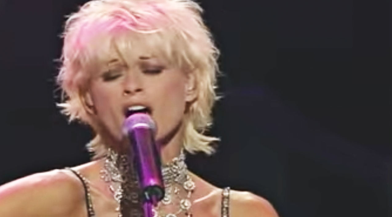 Lorrie morgan Songs | Lorrie Morgan Gives 'Harper Valley PTA' A World-Class Makeover | Country Music Videos