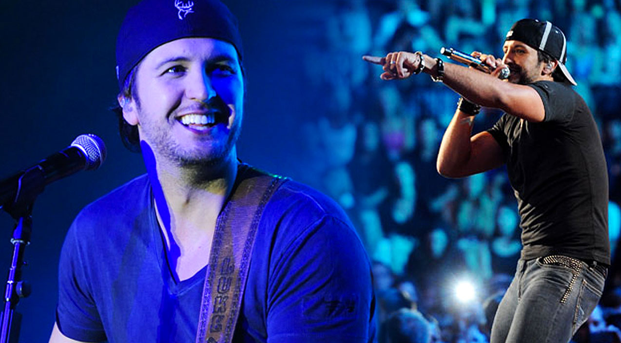 Luke bryan Songs | Luke Bryan Messes Up Crowd Sing-Along And It's Adorable! (VIDEO) | Country Music Videos