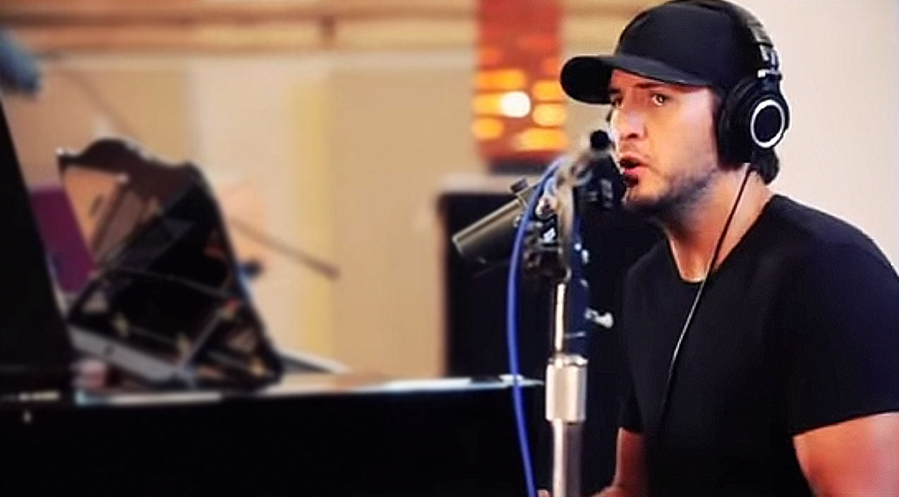 Luke bryan Songs | Luke Bryan Exposes A Softer Side In Heartbreaking Piano Performance | Country Music Videos