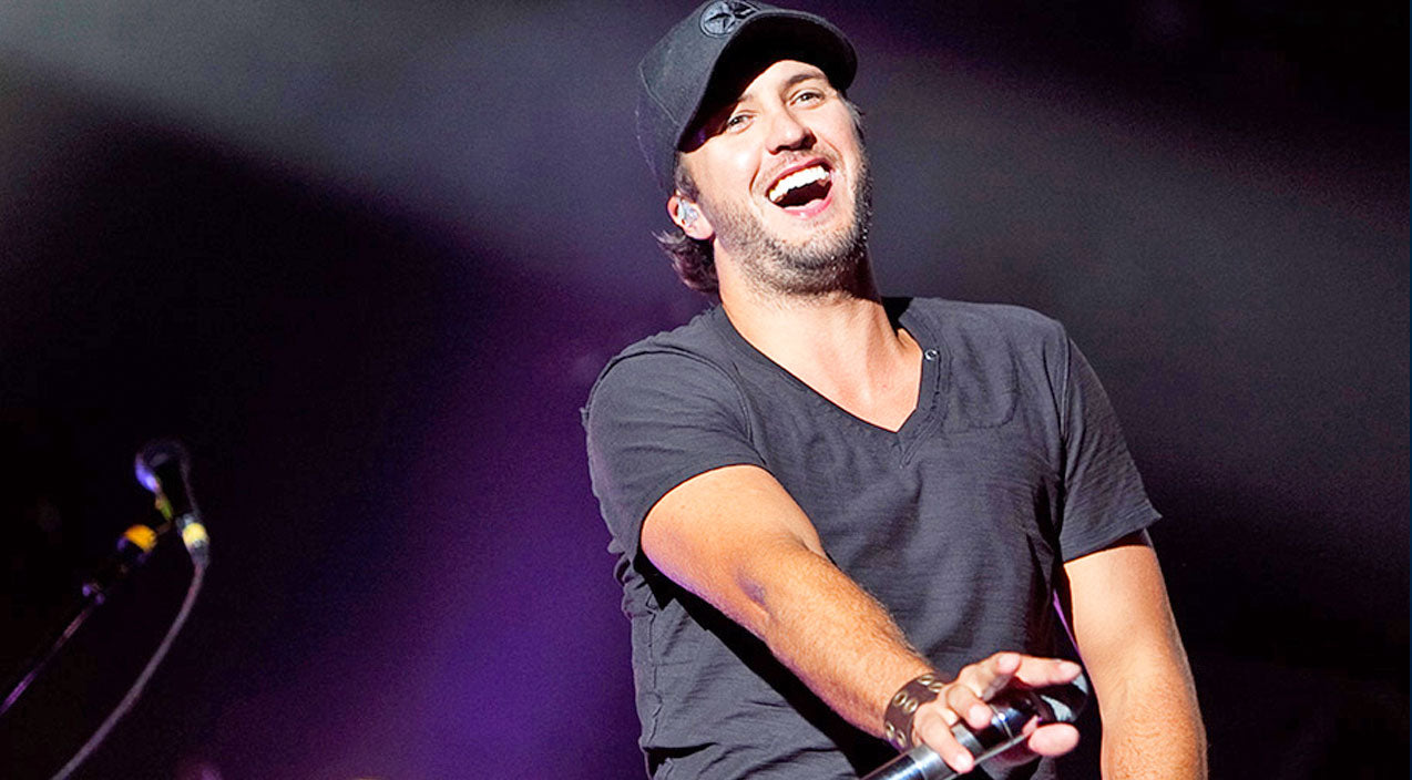 Luke bryan Songs | Luke Bryan Shows Radio Host How To Really 'Shake It' | Country Music Videos