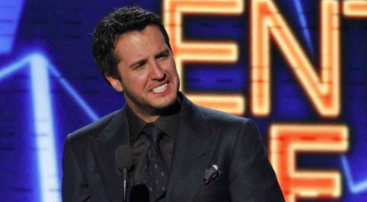 Luke bryan Songs | Luke Bryan Will Be Sporting A Head Injury During Tonight's CMT Music Awards | Country Music Videos