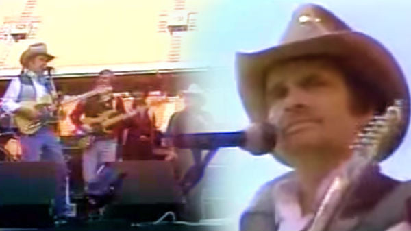 Merle haggard Songs | Merle Haggard - Back To The Barrooms Again (Live) (VIDEO) | Country Music Videos