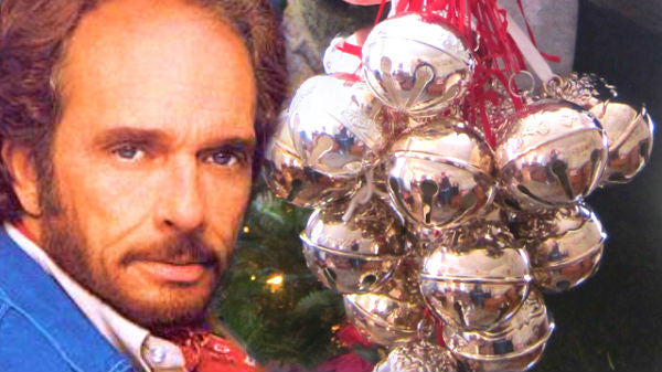 Merle haggard Songs | Merle Haggard Immortalizes The Holidays With Dazzling 'Silver Bells' | Country Music Videos