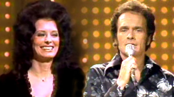 Merle haggard Songs | Merle Haggard and Leona Williams - It Makes No Difference Now (Live - Pop Goes The Country 1976) (WATCH) | Country Music Videos