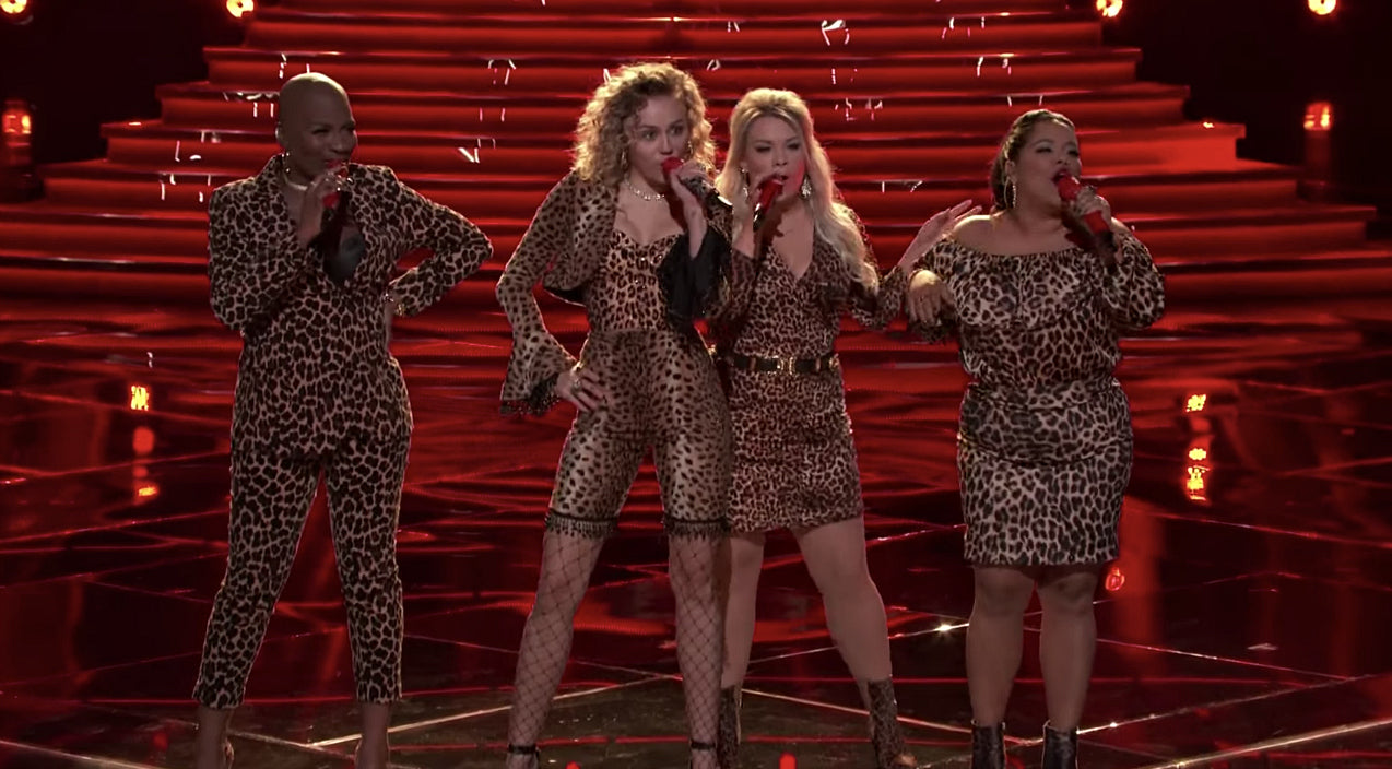 The voice Songs | All-Female 'Voice' Team Gets Sassy With 'Man! I Feel Like A Woman' | Country Music Videos