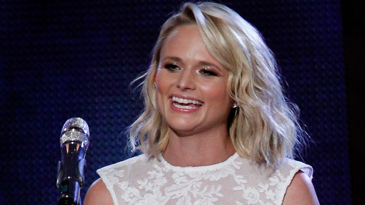 Miranda lambert Songs | BREAKING! Miranda Lambert Confirms New Relationship With 'Snuggly' Photo | Country Music Videos
