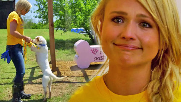 Miranda lambert Songs | Miranda Lambert Gets Emotional Over Puppies (Adorable!) (VIDEO) | Country Music Videos