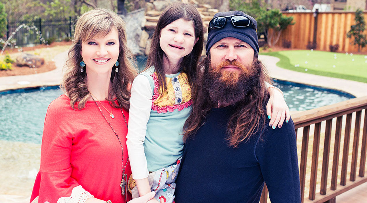 Duck dynasty Songs | Missy Robertson Fondly Discusses Daughter Mia's Resilience | Country Music Videos