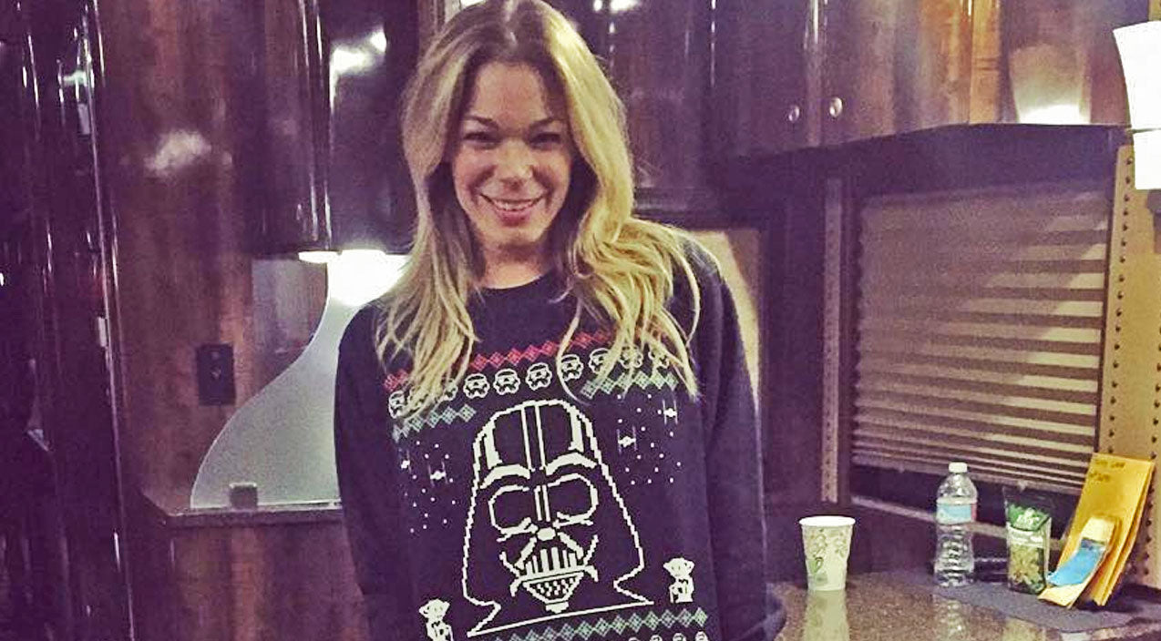 Modern country Songs   LeAnn Rimes Says No To Pants, And Yes To Ugly Christmas Sweater   Country Music Videos
