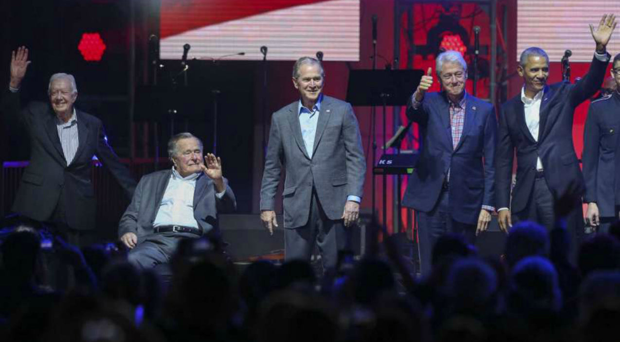 Lee greenwood Songs   Lee Greenwood Sings 'God Bless The USA' To Five Former U.S. Presidents At Once   Country Music Videos