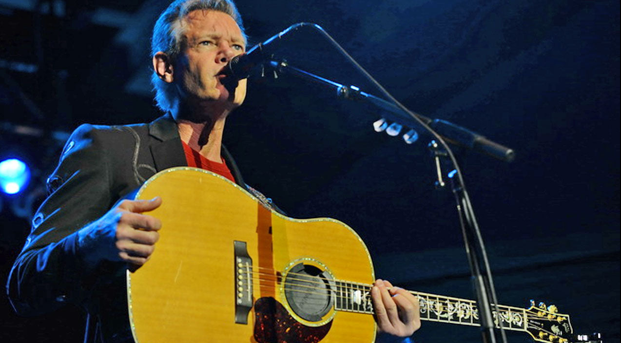 Randy travis Songs | Randy Travis Takes The Stage With Just A Guitar In Hand…POWERFUL!! | Country Music Videos