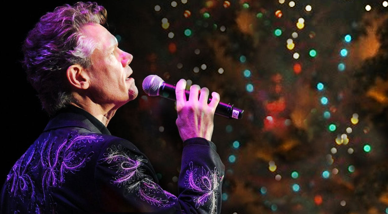 Randy travis Songs | Randy Travis Delivers Christmas Miracle With Angelic 'Silent Night' Performance | Country Music Videos