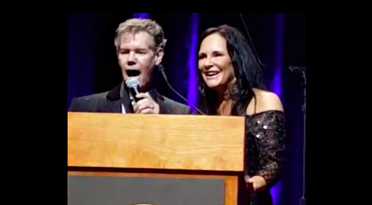 Randy travis Songs | Randy Travis Sings 'Amazing Grace' During His Country Music Hall Of Fame Induction | Country Music Videos