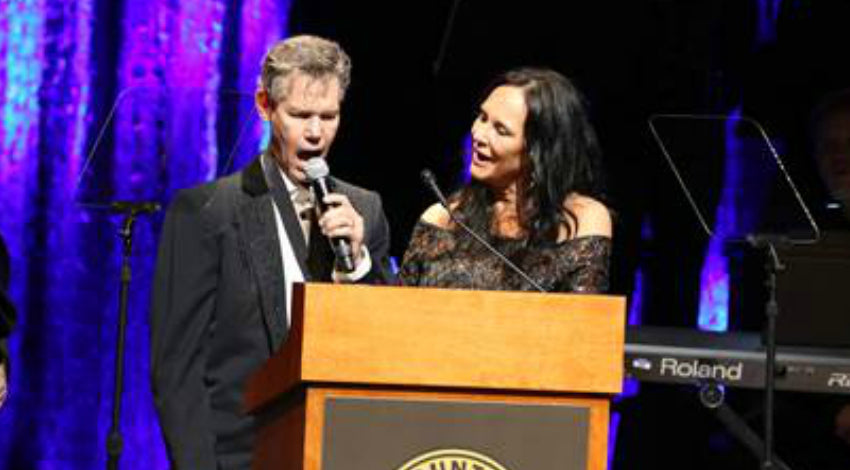 Randy travis Songs | Randy Travis Stuns Crowd By Singing Three Years After Doctors Said He Wouldn't Live | Country Music Videos