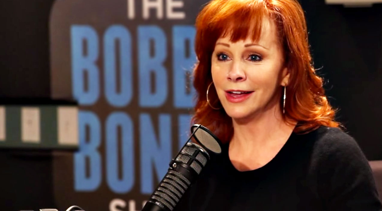 Reba mcentire Songs | Reba 'Looking For Love' Just A Year After Painful Divorce | Country Music Videos