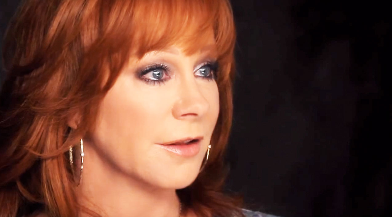 Reba mcentire Songs | Emotions Cripple Reba McEntire As She Recalls Fatal Plane Crash | Country Music Videos