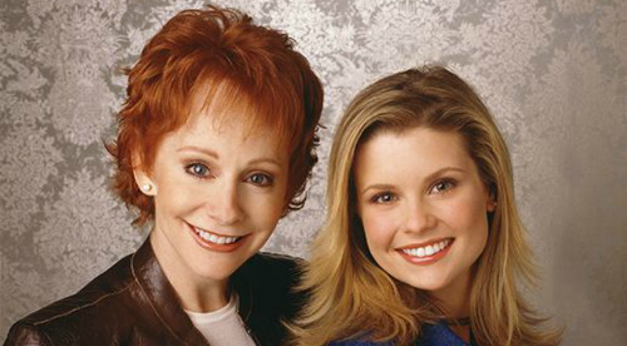 Reba mcentire Songs | 'Reba' Actress Shares True Feelings About Her Former Co-Star, Reba McEntire | Country Music Videos