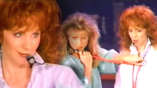 Reba mcentire Songs | Reba McEntire - 9 to 5 (Reba Live: 1995) (WATCH) | Country Music Videos