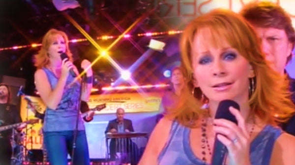 Reba mcentire Songs | Reba McEntire - Because Of You (Good Morning America Live) (VIDEO) | Country Music Videos