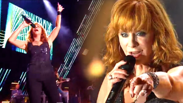 Reba mcentire Songs | Reba McEntire - Turn On The Radio - (CMA Music Fest 2011) (VIDEO) | Country Music Videos