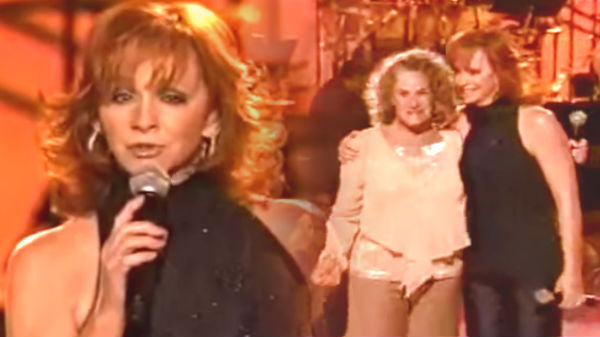 Reba mcentire Songs | Reba McEntire and Carol King - Everyday People (WATCH) | Country Music Videos