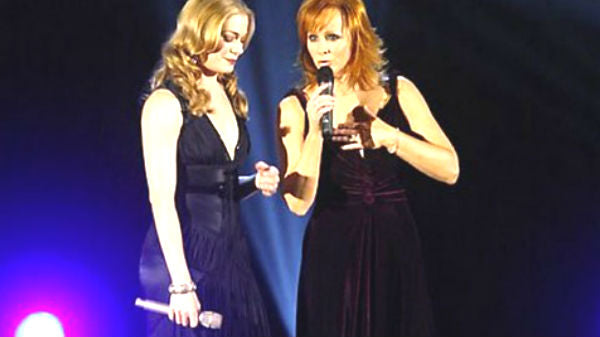 Reba mcentire Songs | Reba McEntire and Leann Rimes - When You Love Someone Like That | Country Music Videos
