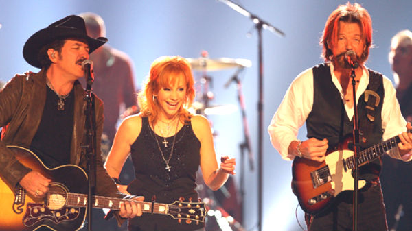 Reba mcentire Songs | Reba McEntire with Brooks and Dunn - Put A Girl In It | Country Music Videos